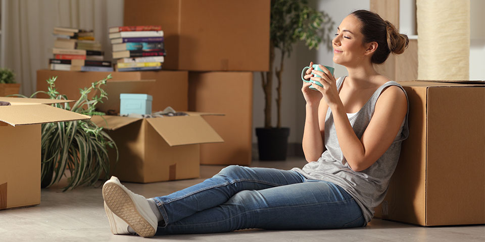 young women with rental insurance